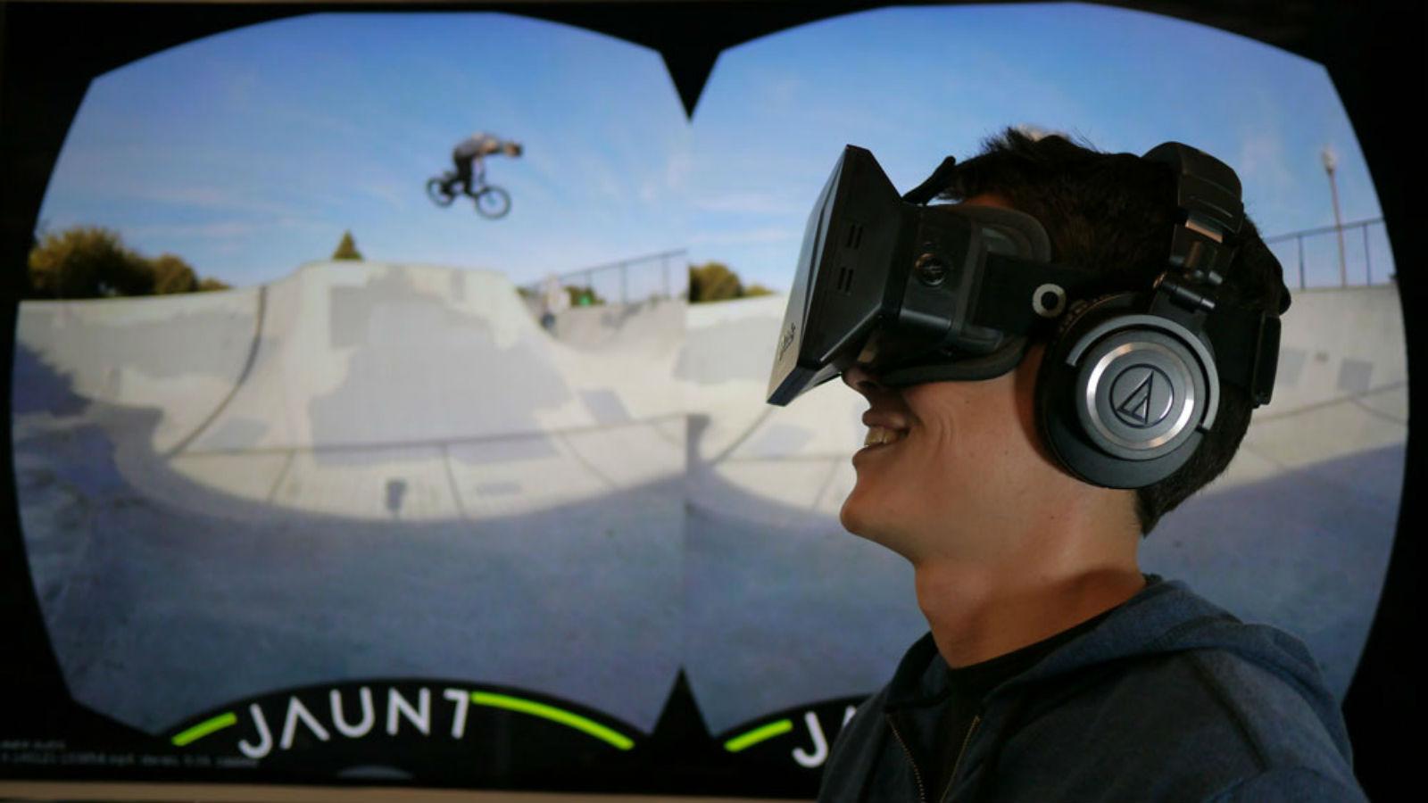 Virtual Reality headset goggles