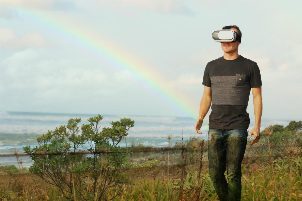 VR-News-Headset-Wireless